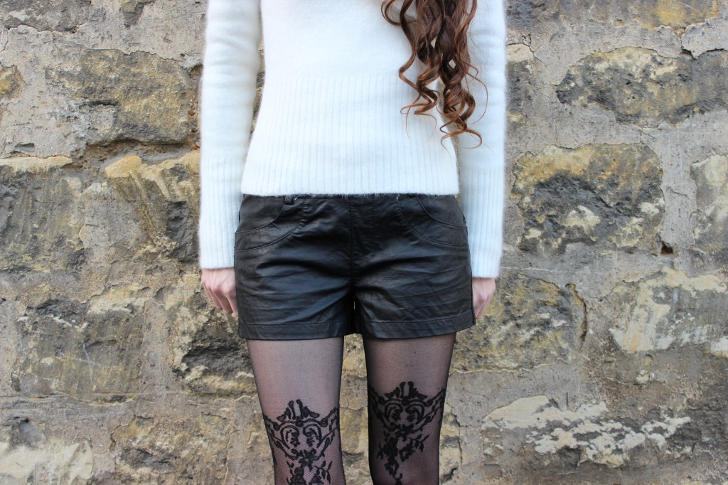 lace tights angora leather shorts